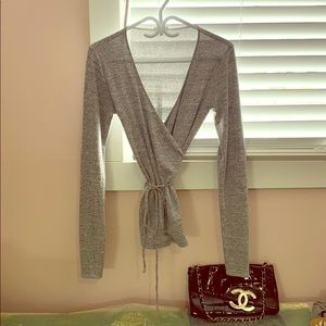 Wilfred Free soft knit wrap L/S Top
